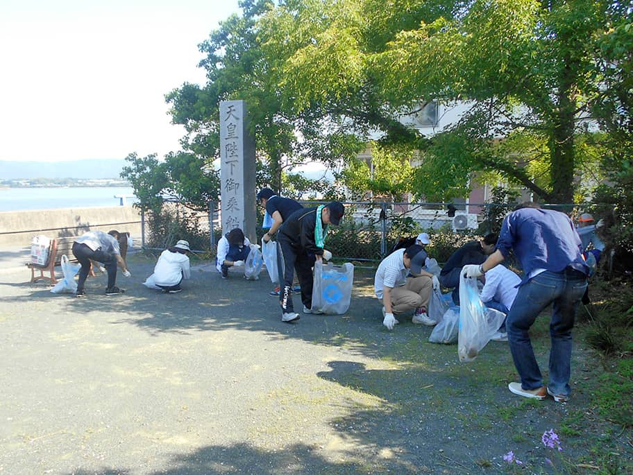 Lake Hamana Cleaning Campaign